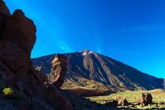 Vulkanisch lavalandschap op Teide Stock Foto's