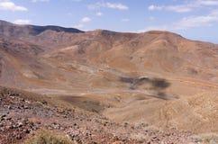 Vulkanische badlands van Fuerteventura stock afbeelding