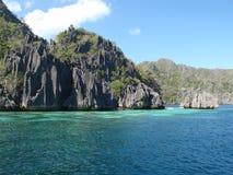 Vulkanische Felsen in der Coron Insel Lizenzfreies Stockfoto