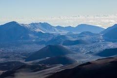 Vulkanische krater bij het Nationale Park van Haleakala op het Eiland Maui, Hawaï Stock Fotografie