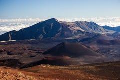 Vulkanische krater bij het Nationale Park van Haleakala op het Eiland Maui, Hawaï Royalty-vrije Stock Foto