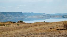 Vulkanische Landschaften am See Magadi, Kenia stockbild