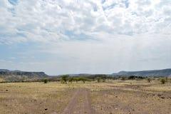 Vulkanische Landschaften am See Magadi, Kenia lizenzfreies stockbild