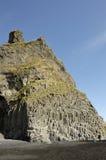 Vulkanischer Felsen des Basalts, Island. Stockfoto