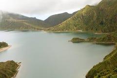 Vulkanischer See in Azoren, Portugal lizenzfreie stockfotografie