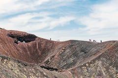 Vulkanisk krater på Mount Etna Royaltyfri Bild