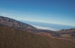 Vulkanisk krater uppe på monteringsHaleakalÄ  i Maui arkivfoton