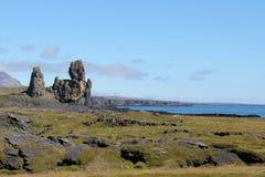 Vulkanisk strand i västra Island. Royaltyfri Foto