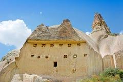 Vulkaniska berg i den Goreme nationalparken Cappadocia Turkiet Royaltyfri Fotografi