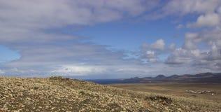 Vulkaniskt landskap, Lanzarote, kanariefågelöar, Spanien Arkivfoto