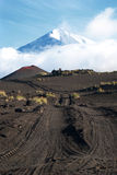 Vulkaniskt landskap på Kamchatka fotografering för bildbyråer
