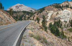 Vulkaniskt parkera vägen Royaltyfria Bilder