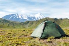 Vulkanlandskap, Kamchatka arkivfoto