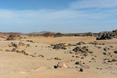 Vulkanlandskap med måneyttersida i nationalparken El Teide på Tenerife i Spanien Royaltyfria Bilder