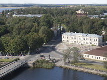 Vuoksi出海口的看法和监视的芬兰湾在维堡耸立 库存照片