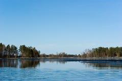 Vuoksi Fluss-Frühlingslandschaft Lizenzfreies Stockfoto