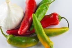 Vurige Spaanse pepers en aromatisch Knoflook Stock Foto