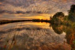 Vurige zonsondergang van de voorstad van Moskou Royalty-vrije Stock Afbeeldingen
