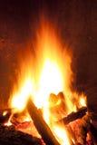 Vuur bij nacht Stock Afbeelding