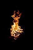 Vuur in de nacht royalty-vrije stock fotografie