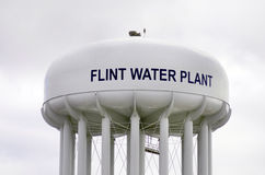 Vuursteen, Michigan: Flint Water Plant Tower Stock Foto