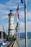 Vuurtoren bij de haveningang in Lindau Royalty-vrije Stock Foto's