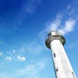 Vuurtoren en blauwe hemel Royalty-vrije Stock Afbeelding