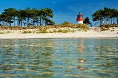 Vuurtoren Gellen op Eiland van Hiddensee Stock Foto's