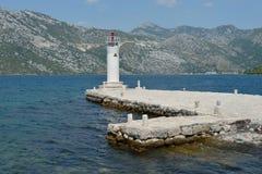 Vuurtoren op Gospa Od Skprjela en eilanden Montenegro Royalty-vrije Stock Afbeelding