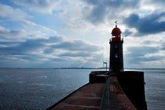 Vuurtoren over blauwe hemel in Bremerhaven Stock Foto's