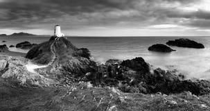 Vuurtorenpanorama, Ynys Llanddwyn, Anglesey royalty-vrije stock afbeeldingen