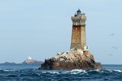 Vuurtorens in oceaan Royalty-vrije Stock Foto's