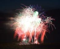 Vuurwerk bij nacht 2 Stock Foto's