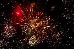 Vuurwerk bij nacht in hemel 3 stock foto
