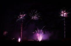 Vuurwerk bij nieuw jaar stock fotografie