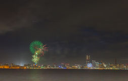 vuurwerk 2015 bij Yokohama-bayside Stock Fotografie