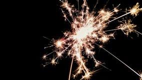 Vuurwerk in de donkere nacht royalty-vrije stock foto