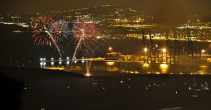 Vuurwerk in de Zeehaven van Malaga royalty-vrije stock afbeeldingen