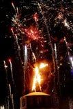 Vuurwerk en de Man Stock Afbeeldingen