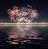 Vuurwerk en sterrige hemel royalty-vrije stock foto