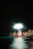 Vuurwerk in het dorp Camogli, Italië Stock Afbeeldingen