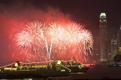 Vuurwerk in Hongkong bij Chinees Nieuwjaar Stock Foto's
