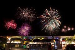 Vuurwerk in Legoland Maleisië op het nieuwe jaar cel van 2014 Stock Foto's