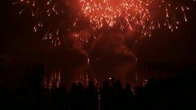 Vuurwerk in nachthemel Stock Foto's