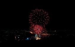 Vuurwerk op de stad Royalty-vrije Stock Foto's