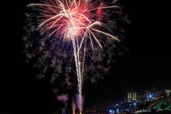 Vuurwerk op de viering van Onafhankelijkheidsdag stock fotografie