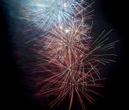 Vuurwerk op zwarte achtergrond Royalty-vrije Stock Fotografie