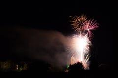 Vuurwerk over de Loretto-Kerk Royalty-vrije Stock Foto's