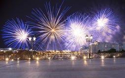 Vuurwerk over het Kremlin, Moskou, Rusland--de populairste mening van Moskou royalty-vrije stock foto's