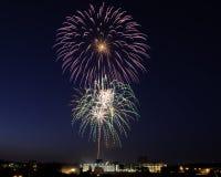Vuurwerk over Roanoke Royalty-vrije Stock Afbeeldingen